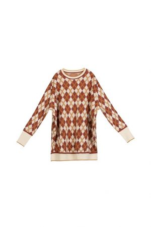 Diamond-Patterned Round-Neck Knitted Sweater