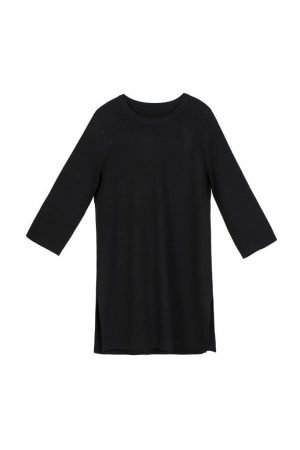 Black Seven-Point Micro Horn Sleeve Sweater
