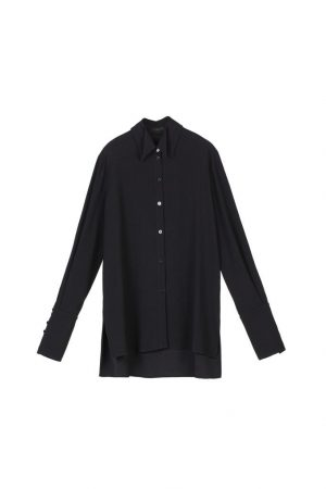 Black double-necked long-sleeved shirt